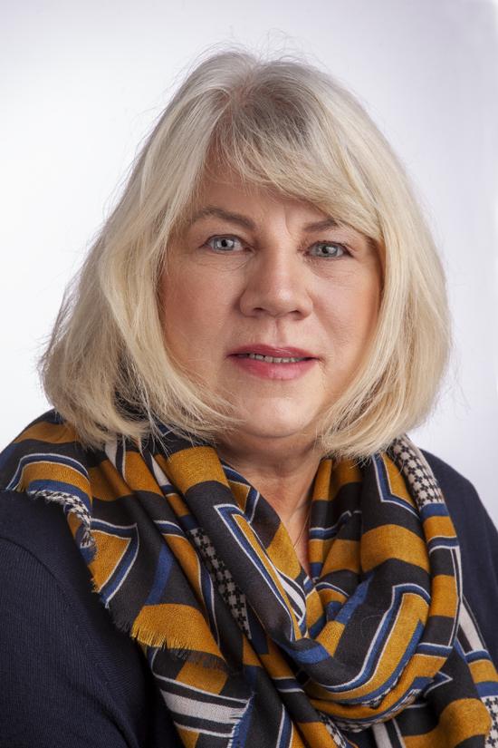 Cornelia Oelwein